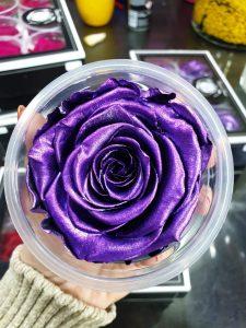 ljubičaste sjajne dehidrirane ruže beograd